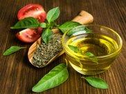 橄榄油适合拿来炒菜吗?