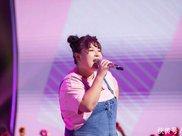 《嗨唱转起来》王七七——胖女孩不减肥!也能演绎励志神话