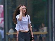 如果穿瑜伽裤的美女碰上了穿牛仔裤的美女,你会更喜欢哪个