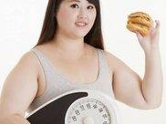 """女人体重过百胖乎乎?月经过后常吃""""4物"""",体重或许悄悄下滑!"""