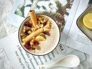 坚果燕麦香蕉酸奶