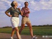 慢跑和快走哪个更有助于减肥?专家说出答案,你可别不信