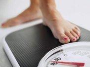 减肥期间,这3种食物尽量少吃,热量高容易发胖,小心越吃越胖哟