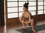 瑜伽蹲式体式详解 下蹲五分钟等于步行一小时