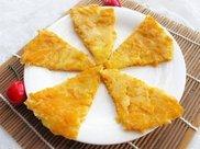 南瓜吃不完别浪费,擦成丝做早餐,色泽金黄口感柔软,耐饿还营养