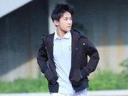 易烊千玺晨跑被拍,小腿成为亮点,网友:依旧是那个阳光少年!