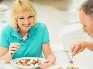 延年益寿有一招:吃饭只吃七分饱,若你也是,恭喜你赚到了