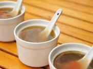 饭前先喝汤能减肥?提醒:这2类人,适合饭后喝汤