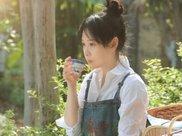 演员拍吃饭戏:刘若英吃烤鸭,王宝强喝大瓶牛奶,他却吃到吐