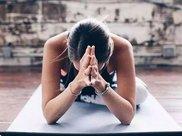 """这套""""冻龄瑜伽""""通经排毒,让你的身体重返18"""