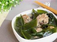 做海带排骨汤时,这样用水泡海带,做出来的汤味道鲜美,减肥降脂