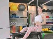 3个减肥瑜伽动作,快速有效瘦身塑形,让你更有气质