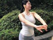 减肥其实很简单,几个瑜伽动作,每天做一次,轻松减脂瘦身!