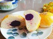 减脂吃什么?教你做颜值超高的紫薯小餐包,明天早上就吃它!