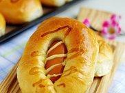 玉米肠餐包,好吃到不用去外面买的香肠面包