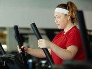 减肥期间,加入这5个动作,帮你加快燃脂,突破体重瓶颈