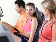 懒人一周瘦五斤的运动减肥,早起一杯蜂蜜柠檬水