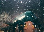 在大冬天吃冰棍儿,游览各式教堂,这里冬天的景色让你拍手叫绝