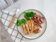 嫩煎鸡胸肉,健身减脂必备