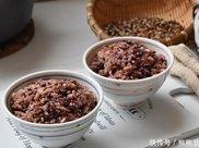 糙米这样做低糖饱腹,好吃又健康,分离米汤,减肥的人边吃边瘦