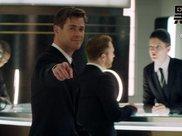 拿锤大汉减肥后进职场当绅士 穿黑西装打领带照样拯救世界