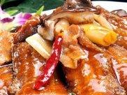 红烧带鱼的正宗做法,便宜又营养,鲜嫩多汁还不腥,比牛肉还香