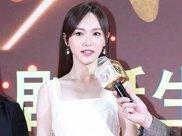 女星红毯未修图:刘涛小腿粗壮,马伊琍皱纹显老,李念身材性感