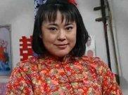 49岁李菁菁被丈夫抛弃减肥颜值飙升,开豪车和小15岁男友恩爱有加