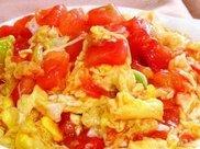 番茄炒鸡蛋,是先炒番茄还是鸡蛋?大厨教你正确做法,更加入味