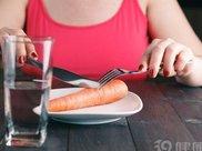 20天绝食哪里瘦的明显 绝食真的能减肥吗