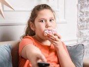 孩子超重了怎么办?减肥4招,家长要多提醒孩子