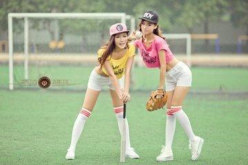 女的打棒球好么?我妈妈说女的打棒球最后都不象女生了五大三粗的?
