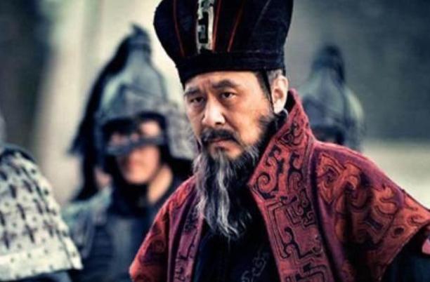 三国曹操见马横:三国历史中,曹操、刘备和孙权他们三人非常出名,那他们互相见过面吗?