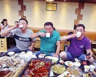 国足球员吃的和C罗吃的有什么差距图3