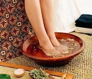 艾叶老姜水洗澡图片
