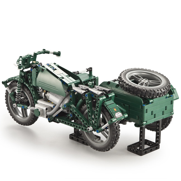 请大家帮我看下这个车的原型是二战的哪个国家的哪个型号的