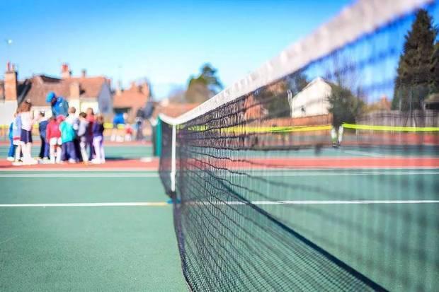 教孩子练网球的最佳时间是几岁