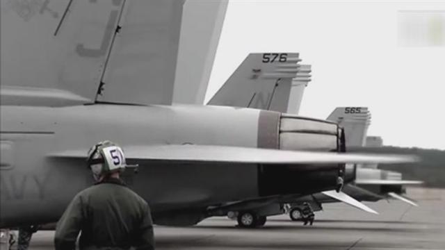 《军情解码》20151027 歼-20近战不敌日F-15J