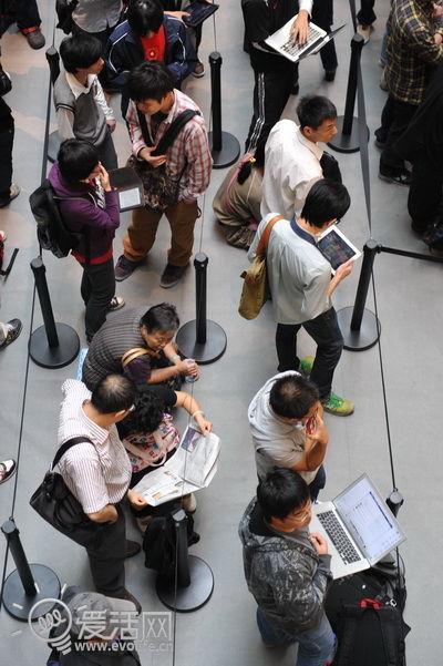 亚洲最大苹果店上海南京路落户直击