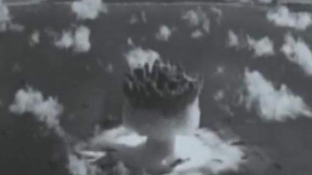 《军情解码》20170715第一颗原子弹研制秘闻