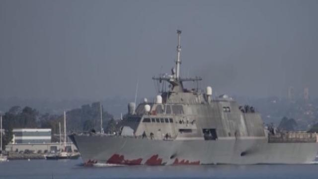《军情解码》20150805 美军最新一艘濒海战斗舰下水