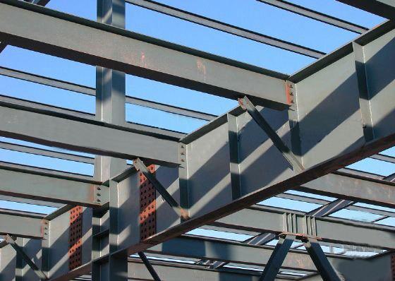 在钢结构图纸中隅撑是什么
