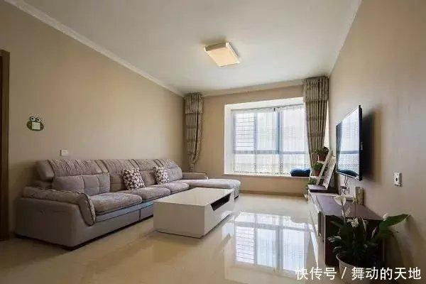 媳妇花8万装修的新房,不做吊顶走石膏线,简单清爽看着