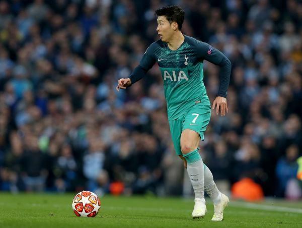 孙兴慜现在的实力是否可以在英超联赛球队利物浦打上主力图2
