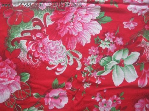 有菊花图案布料的床品吗