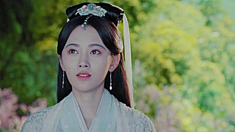 《新白娘子傳奇》白素貞小青借月閱書找辦法要用星宿的伴生蓮花