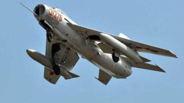 《军情解码》20170323歼-6曾如何扬威国外